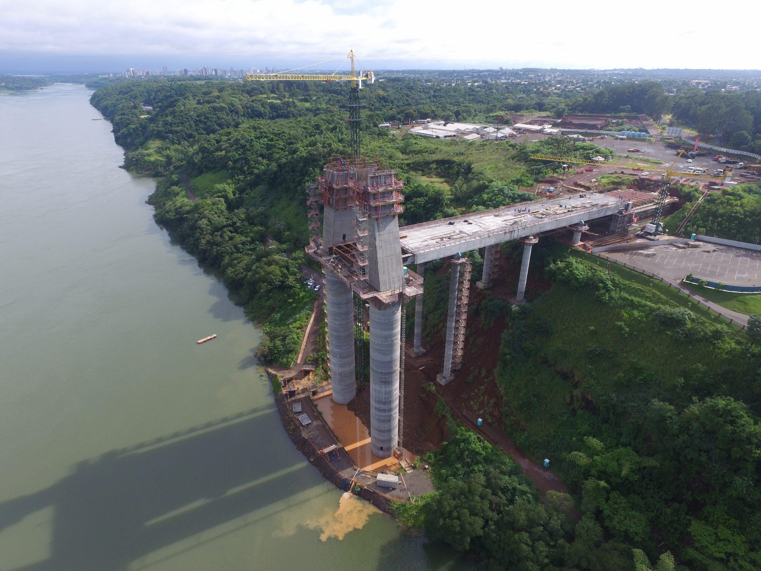 Puente de la Integración Brasil-Paraguay: Uniendo culturas