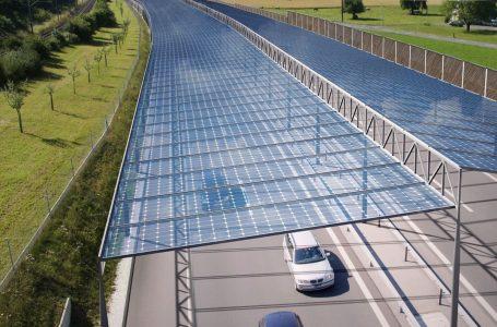 """Proyectan """"techos solares"""" para autopistas de Alemania"""