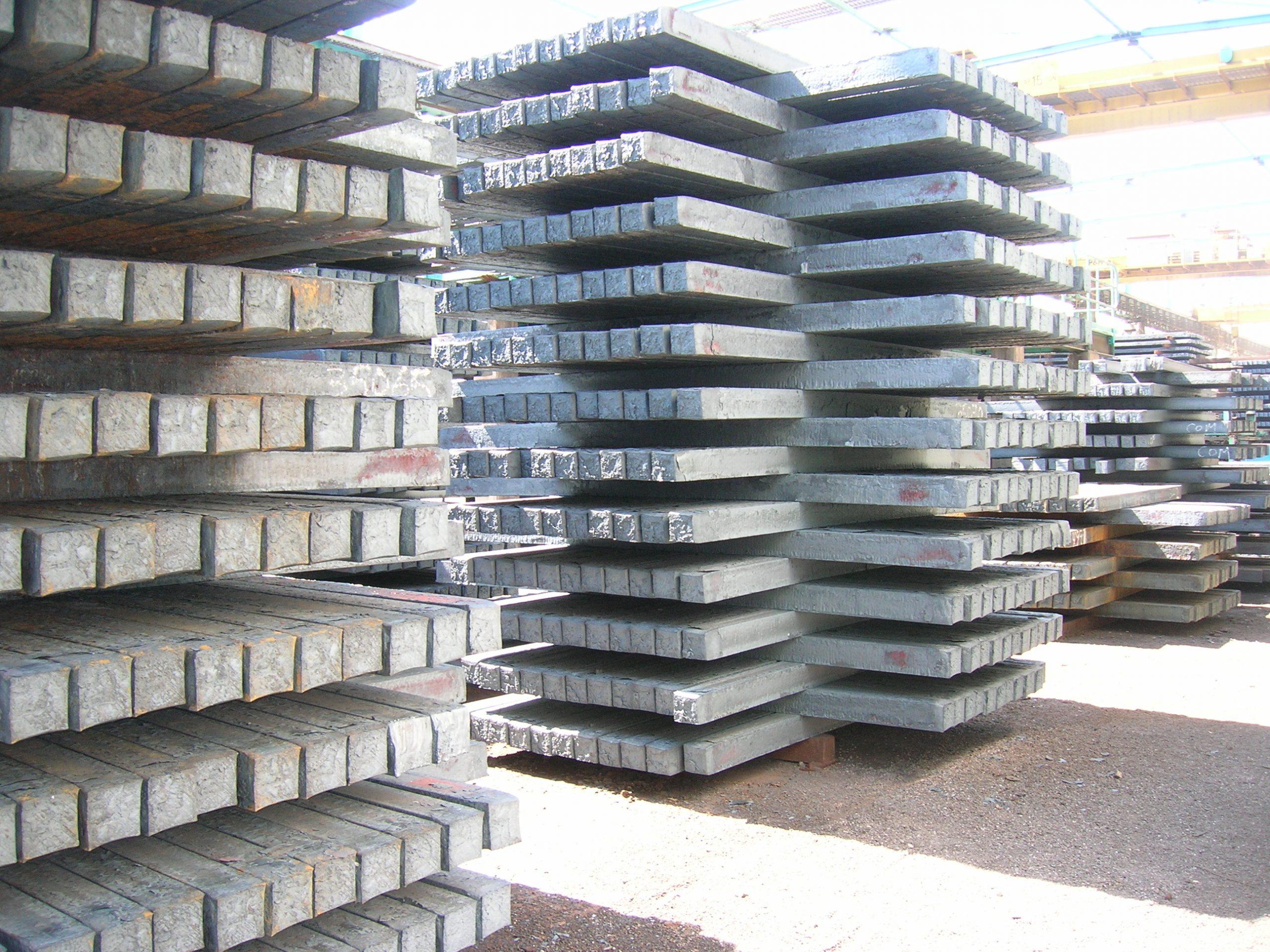 El consumo aparente de acero registra una fuerte alza, la mayor del quinquenio para la primera mitad del año