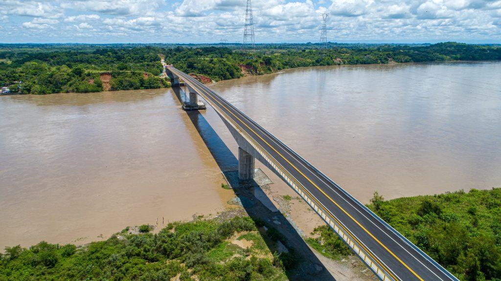 Puente sobre el río Magdalena (13)